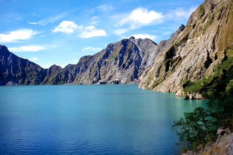 Mount Pinatubo Adventure travel and tour packages